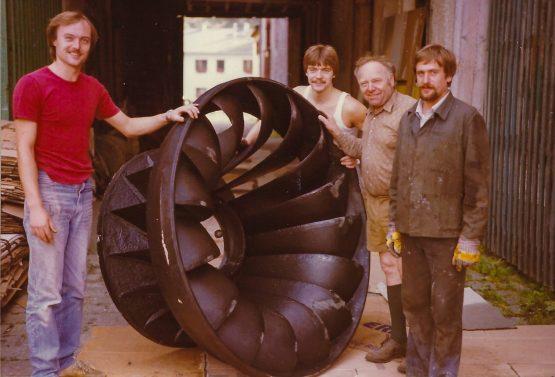 Tarih 1984 türbin onarımı