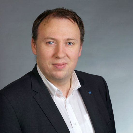Günther_Scharrer