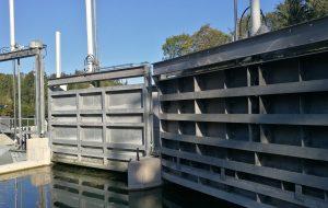 WWS Stahlwasserbau Schützentafel Hochwasser