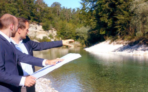 Kraftwerksplanung Kleinwasserkraftwerk Fluss Beratung Kundenbetreuung Projektabwicklung