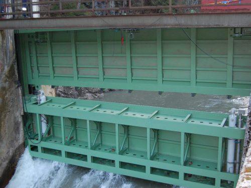 Revitalisierung Stahlwasserbau, zweiteilig Schütztafel